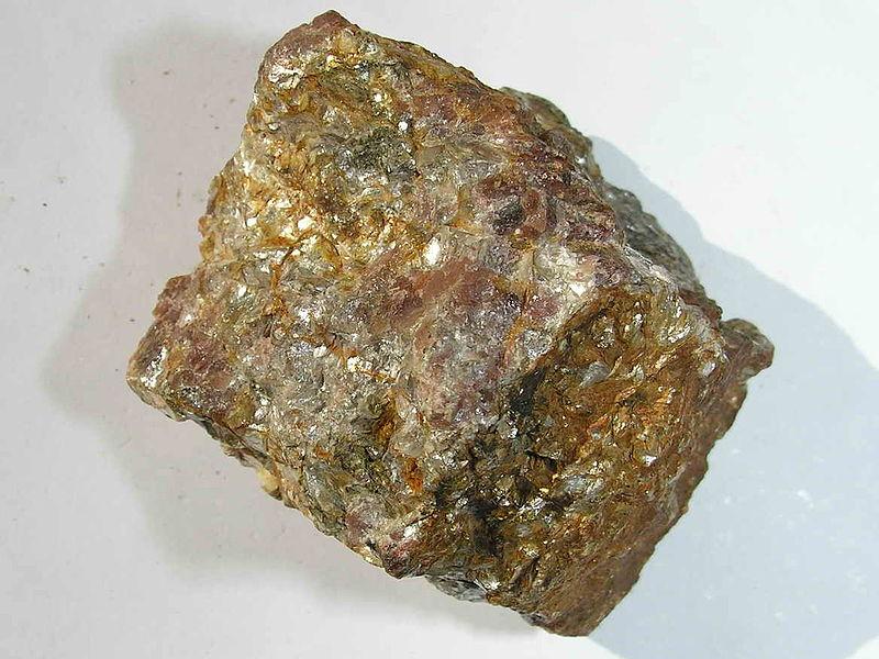 Agosto 2012 ciencias soci les for Marmol mineral